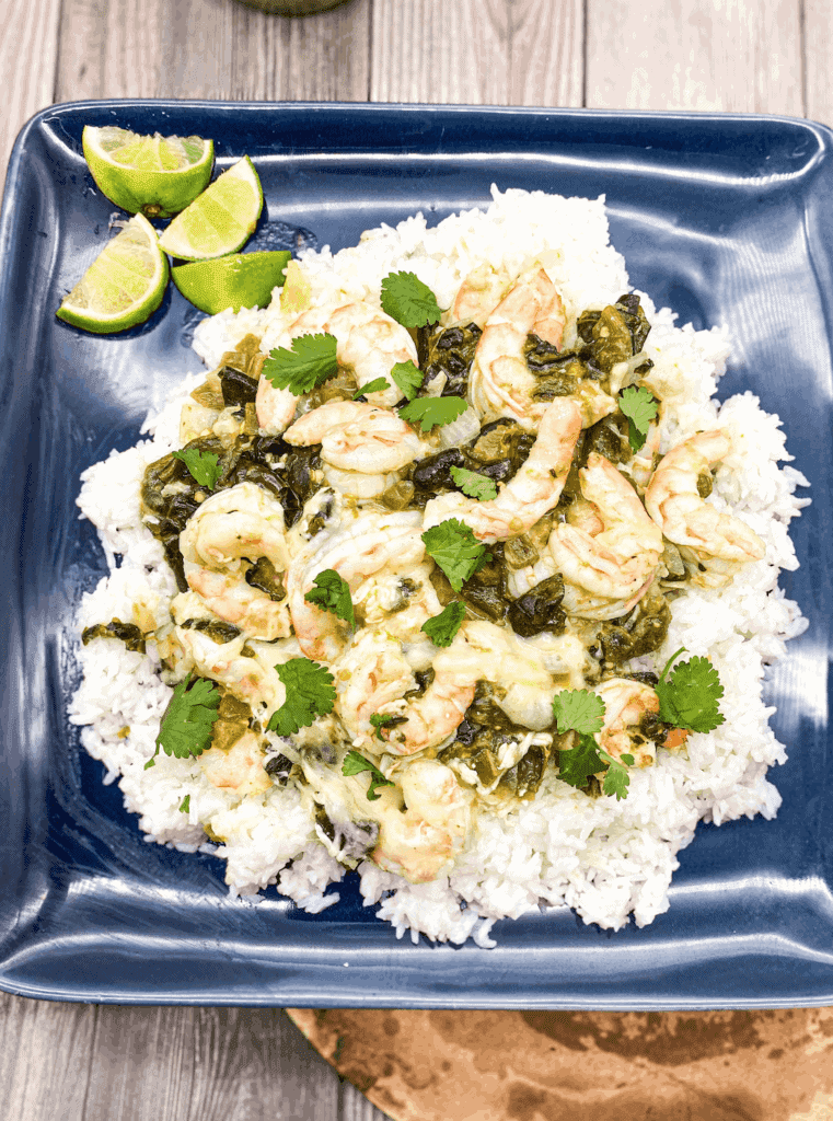 This Cheesy Shrimp and Poblano Pepper with Salsa Verde dish is made with shrimp, salsa verde, poblano peppers and lots of cheese!